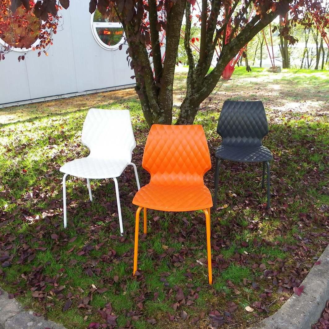 chaise design italien blanche equip 39 proequip 39 pro. Black Bedroom Furniture Sets. Home Design Ideas