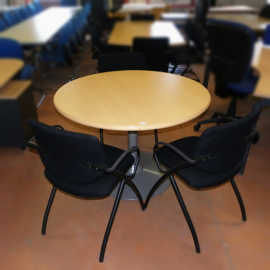 Table ronde occasion diam 110 cm equip 39 proequip 39 pro for Table ronde pas cher occasion